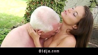 hot young tease old dick to get oldyoung riding