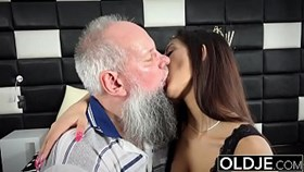 morning breakfast sex old and young young gives a handjob fucked and cumshot