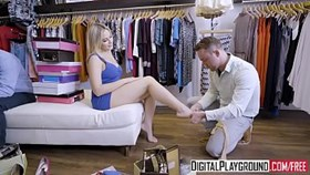 Video porno XXX - Sous le pied Blair Williams Van Wylde