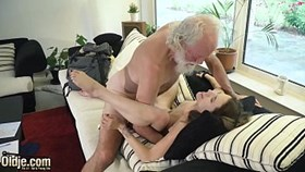 beautiful young hardcore fucked by old man he sticks his old cock inside her young pussy then shoves it in her mouth and cums in her throat so sexy and wet