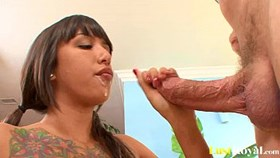 athletic brunette samora morgan is a hot squirt