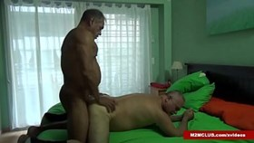 Muscle Daddy Barebacking a Dude