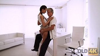 OLD4K. Coquettish employee seduces her old boss for incredible sex