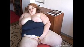 raunchy chubby redhead likes to fuck her fat juicy pussy for you