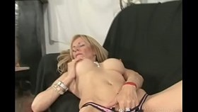 goodly blonde masturbating pussy and getting nailed ha