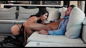 sexpros stripper gram brunette nina north fucked and facial