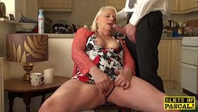 british granny fingerhaving sex herself
