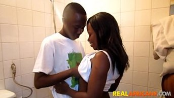 real african amateur youngs wild public sex tape