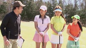 asian young girls plays golf nude