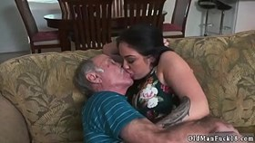 girl hand smother hot old man masturbate frannkieamps a quick learner!