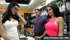 realitykings - money talks - (dylan daniels kymberlee anne) - pass the pussy
