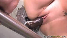 gloryhole slut katie summers fucks black dick