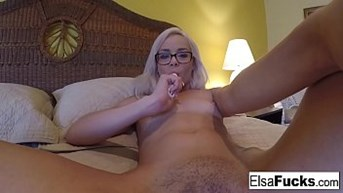 Elsa Jeanamps home video masturbation