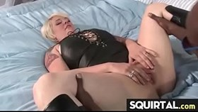 massive squirting and creampie female ejaculation 25
