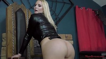 loser online site becomes a bitch - vanessa cage femdom