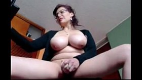 busty dutch mother toying live a tho