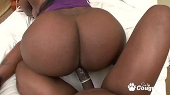 thick amp curvy cougar has fucked her phat black ass