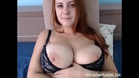 chubby readhead caprice4 shows shaved pussy on cam