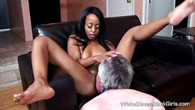 white slave eating out black femdom pussi