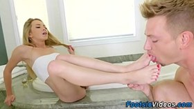 Foot Fucking Teen spunked