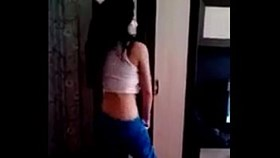 amateur arabic girl shows off her moves